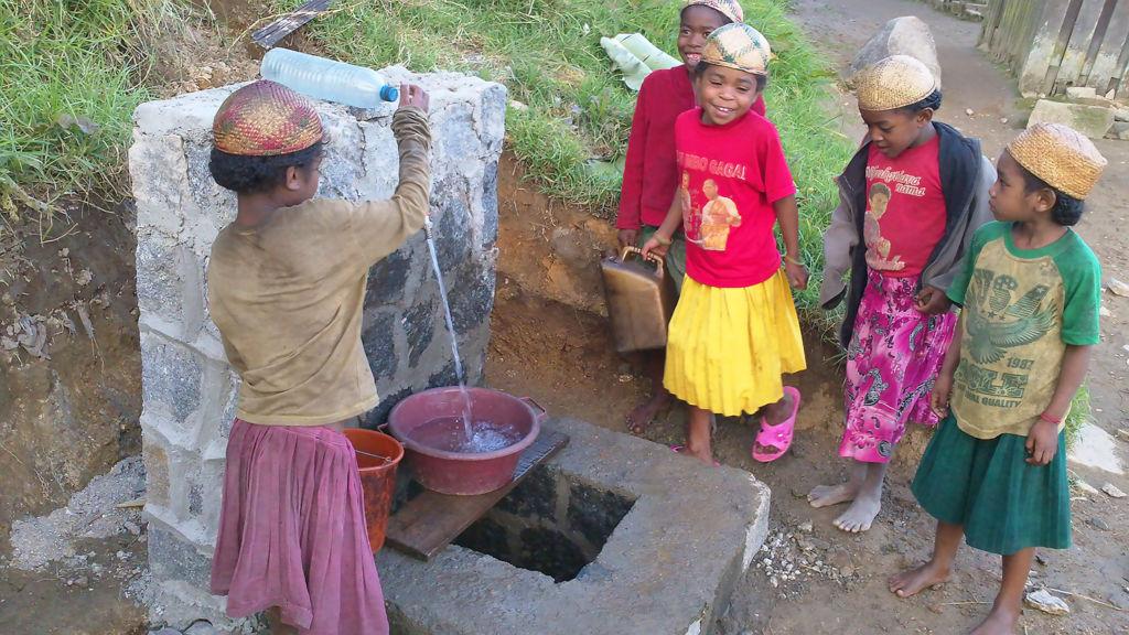 Labaronne-Citaf_ESF_Borne-Fontaine-Madagascar